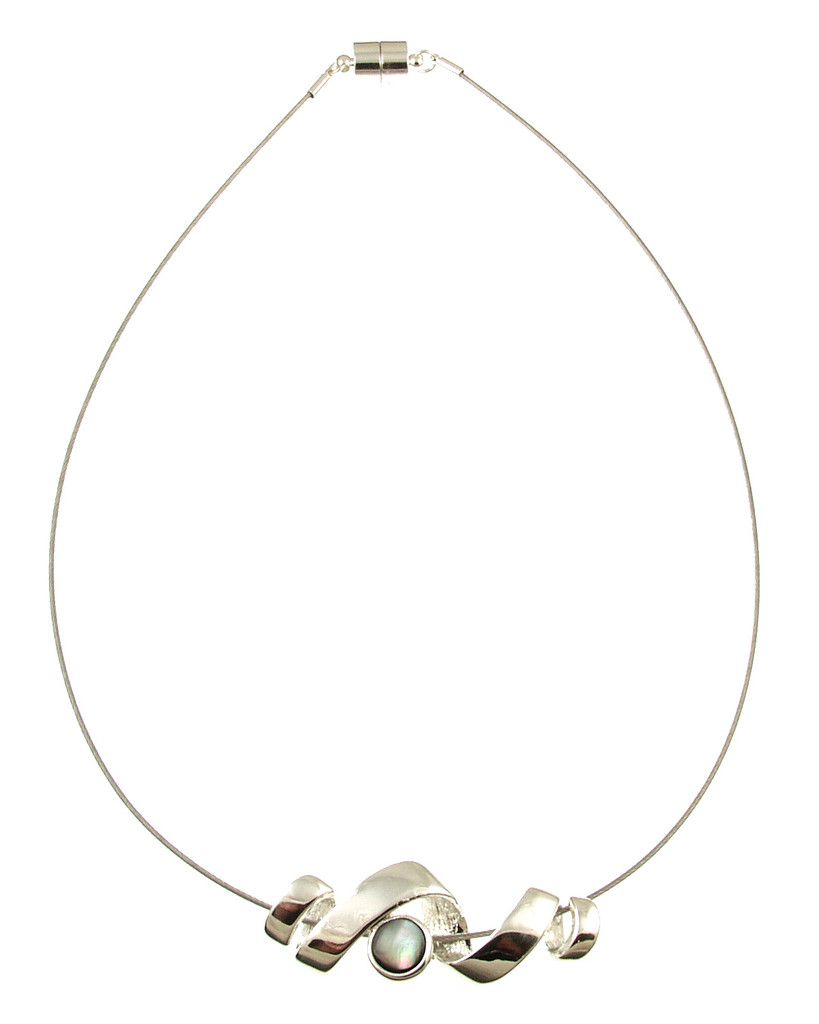 2359-1 - Black Shell Ribbon Necklace