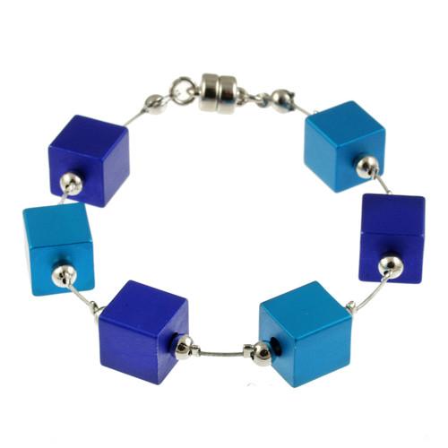 6283-28 - Magnetic Cubes Bracelet Matte Silver/Turquoise/Dark Blue