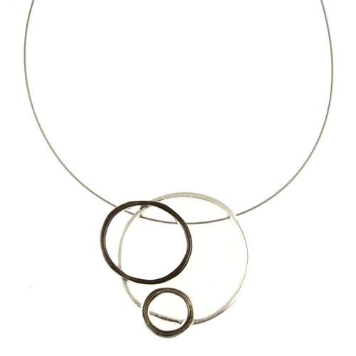 2813-1 - Three- Ring Pendant Grey/Black