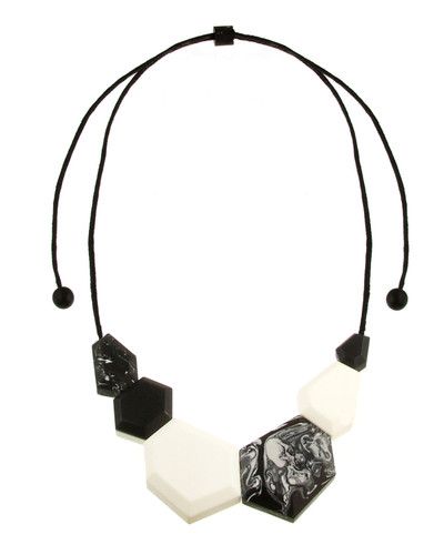 154-8 - Ecru White/Black Necklace