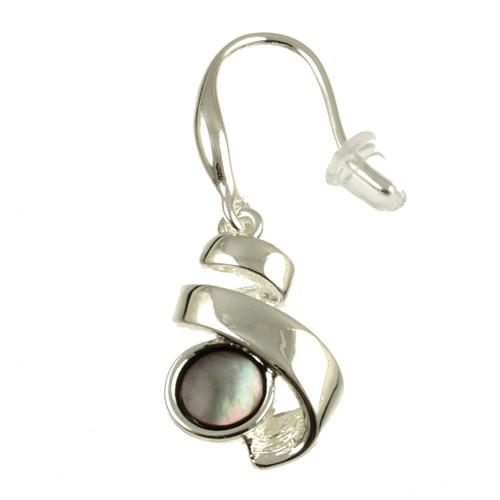 6047-1 - Black Shell Ribbon Earring