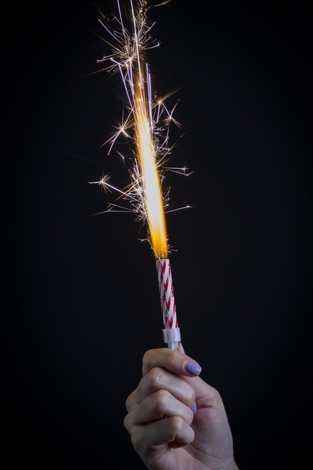 Small birthday / cupcake sparklers that last 10 seconds
