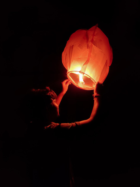 Flying Lanterns - White
