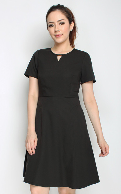 Keyhole Flare Dress - Black