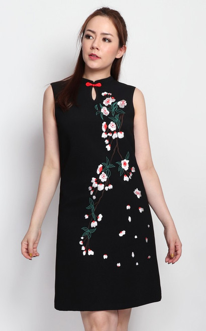 Embroidered Sakura Cheongsam - Black