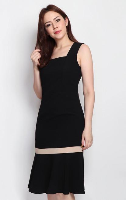 Square Neck Mermaid Hem Dress - Black