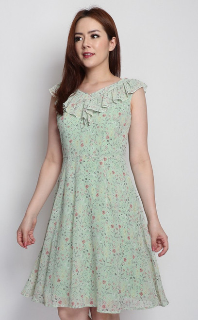 V-Neck Ruffled Dress - Baby Mint