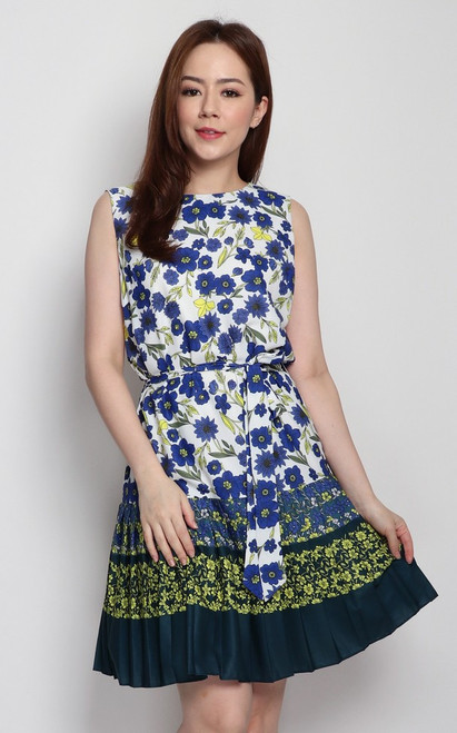 Floral Pleated Hem Dress