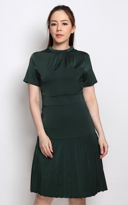 Satin Pleated Dress - Emerald