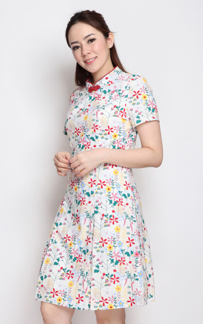 Floral Sleeved Cheongsam - White