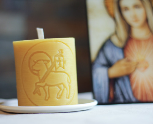 100% Beeswax Chrism-scented Candle Paschal Lamb