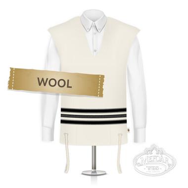 Wool Tzitzis, Round Neck, Ashkenaz (One Hole), Regular Strings Strings (Thin), Size:28