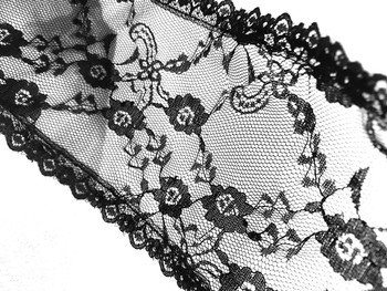 Prayer Veil - Black Lace - Twin Floral Lattice - Straight