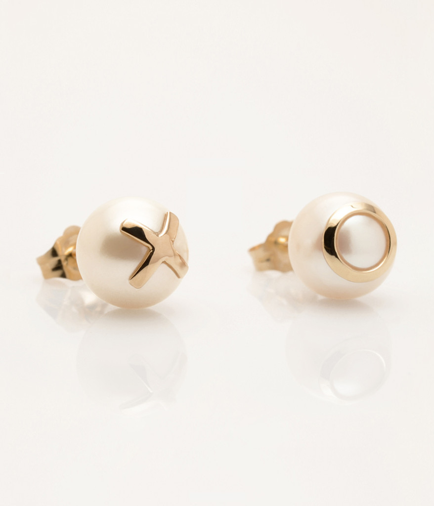 Cultured Freshwater Pearl Earrings with 14k Gold XO Emoji (8-9 mm) by Nektar De Stagni
