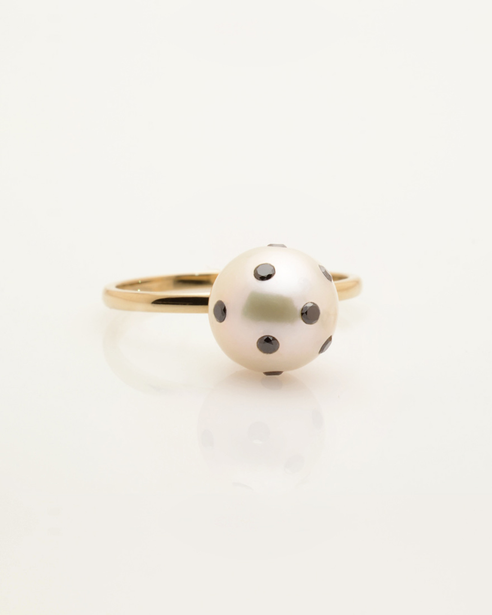 Cultured Freshwater Pearl Ring with LadyBug Diamond Pave and 14k Gold Band by Fine Jewelry Designer Nektar De Stagni (8-9 mm. Size-5-6-7)