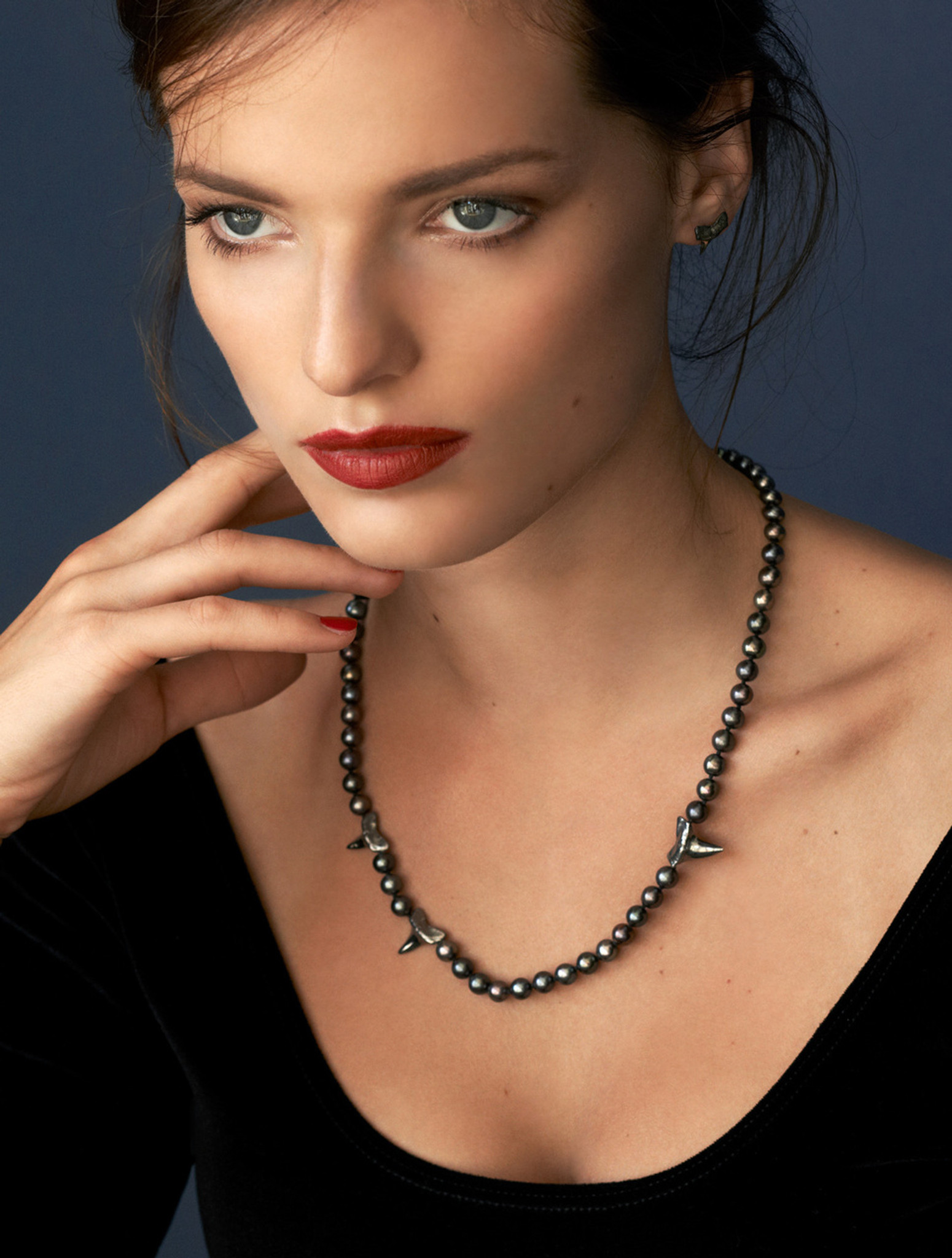 Model fit view of Black Peacock Cultured Pearl Necklace with Cruelty-Free Gold Black Rhodium Dipped Shark Teeth. by Fine Jewelry Designer Nektar De Stagni.