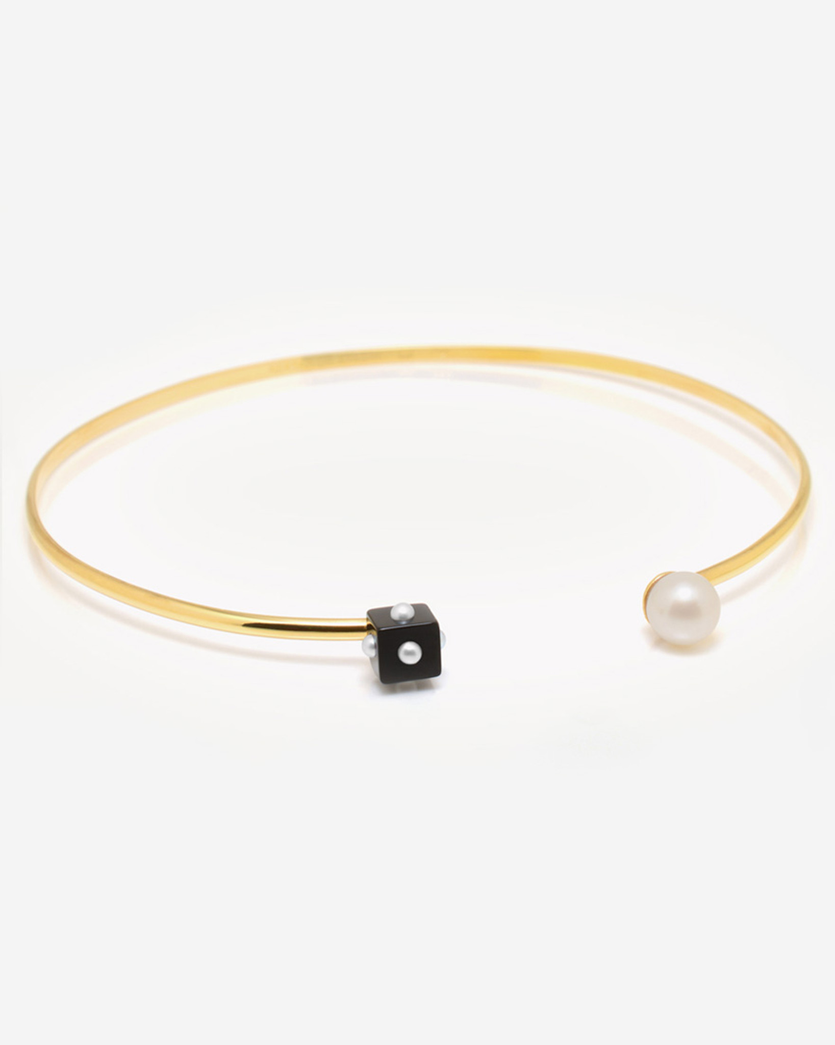 Mini Pearl Onyx Cube & Pearl Choker Necklace in 14k Gold by Jewelry Designer Nektar De Stagni (8-9 mm)