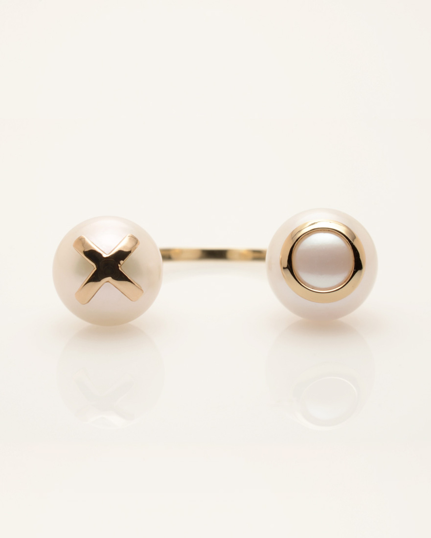 Cultured Freshwater Double Pearl Ring with 14k Gold XO Emoji by Nektar De Stagni (8-9 mm. Size 5-6-7)