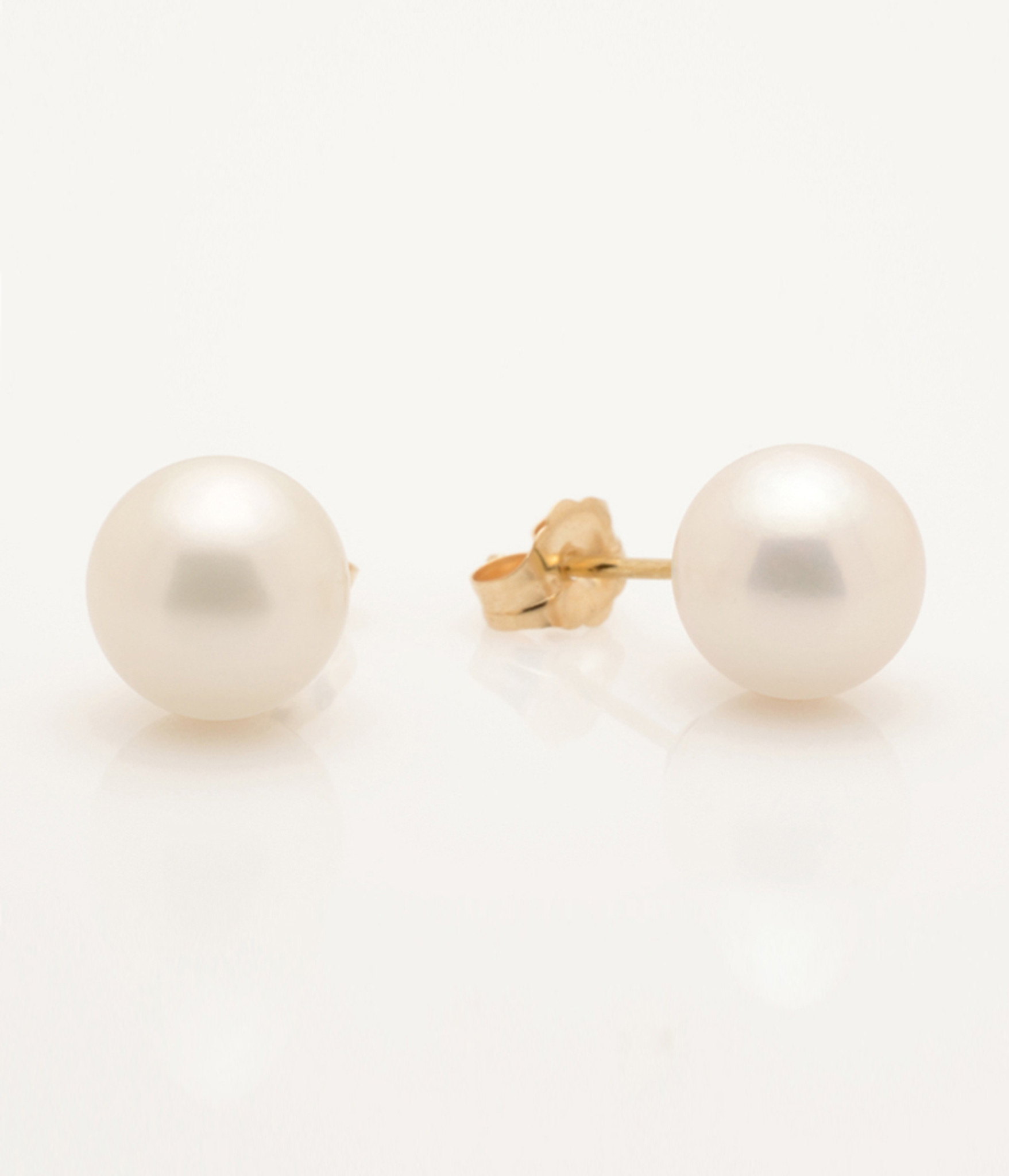 Side View of Cultured Freshwater White Pearl Earrings with 14k Gold Posts by Nektar De Stagni (8-9 mm)
