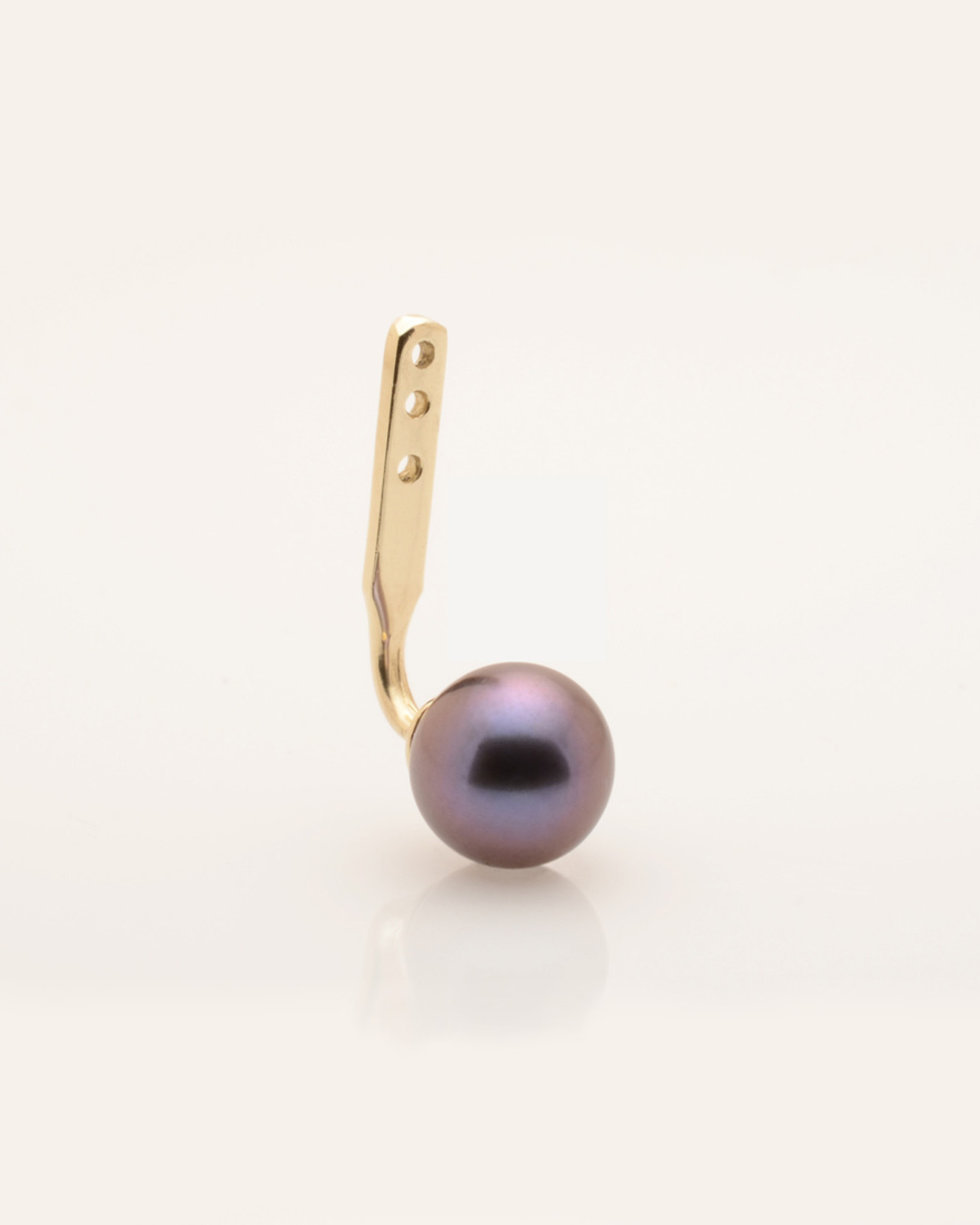 14k Gold Jacket with 6mm Black Pearl  by Nektar De Stagni. Mix and Match with any other single earring style.