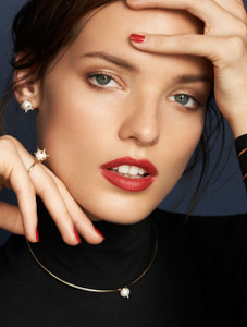 Campaign photo of Cultured Freshwater Pearl Ring with 14k Gold Spikes and Band by Jewelry Designer Nektar De Stagni