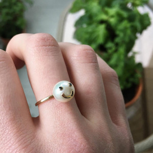 Model fit example Cultured Freshwater Pearl Ring with Smiley Emoji in 14k Gold and Black Diamond by Nektar De Stagni (8-9 mm)