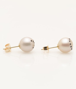 Side View of Cultured Freshwater Pearl Earrings with X Emoji Diamond Pave and 14k Gold Posts by Jewelry Designer Nektar De Stagni (8-9-mm)