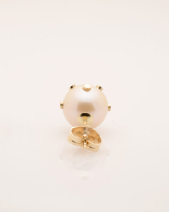 Back View of Single Cultured Freshwater Pearl Earring with 14k Gold Dots & Post by Jewelry Designer Nektar De Stagni (8-9mm)