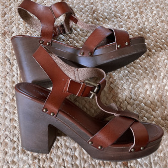 American Eagle Outfitters Heeled Strap Sandals