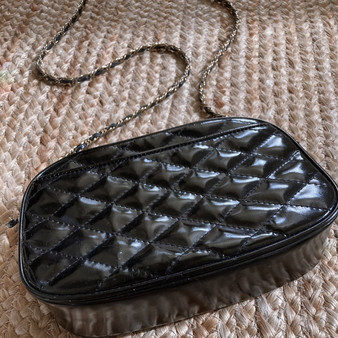 BONVAVI VINTAGE BLACK LEATHER QUILTED PURSE