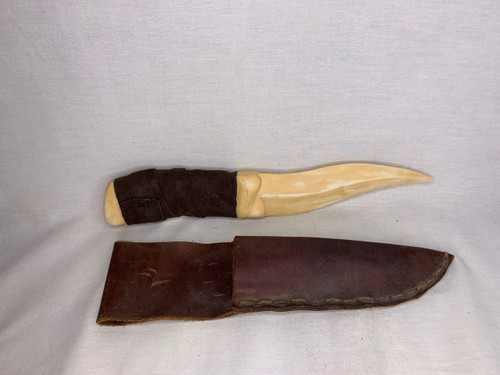 Dune, TV Mini-Series, Fremen Crysknife, Real Leather Grip and Sheath, Limited Edition