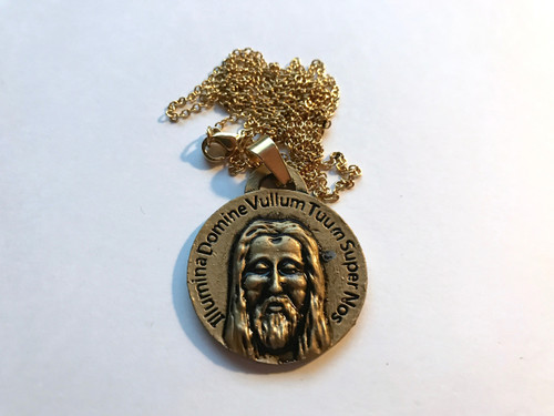 Shroud Of Turin Pendant Gold Metal comes with Free Shroud Book and Chain