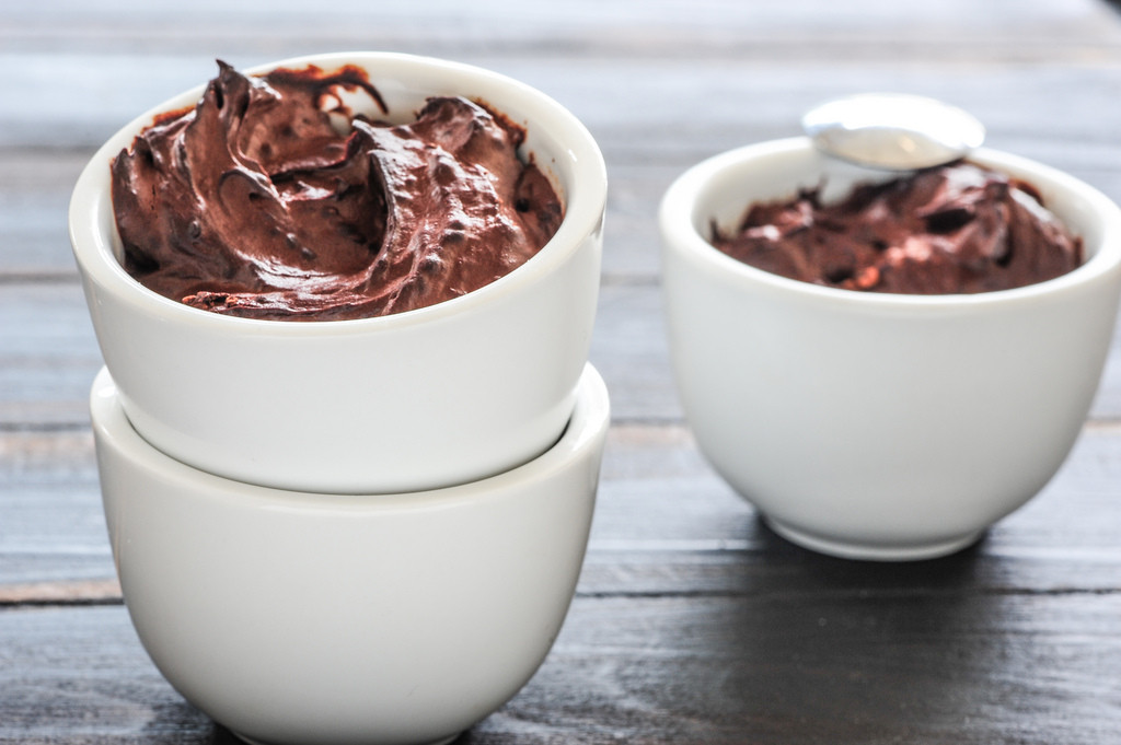 The Perfect Raw Chocolate Mousse to Make for Mom!