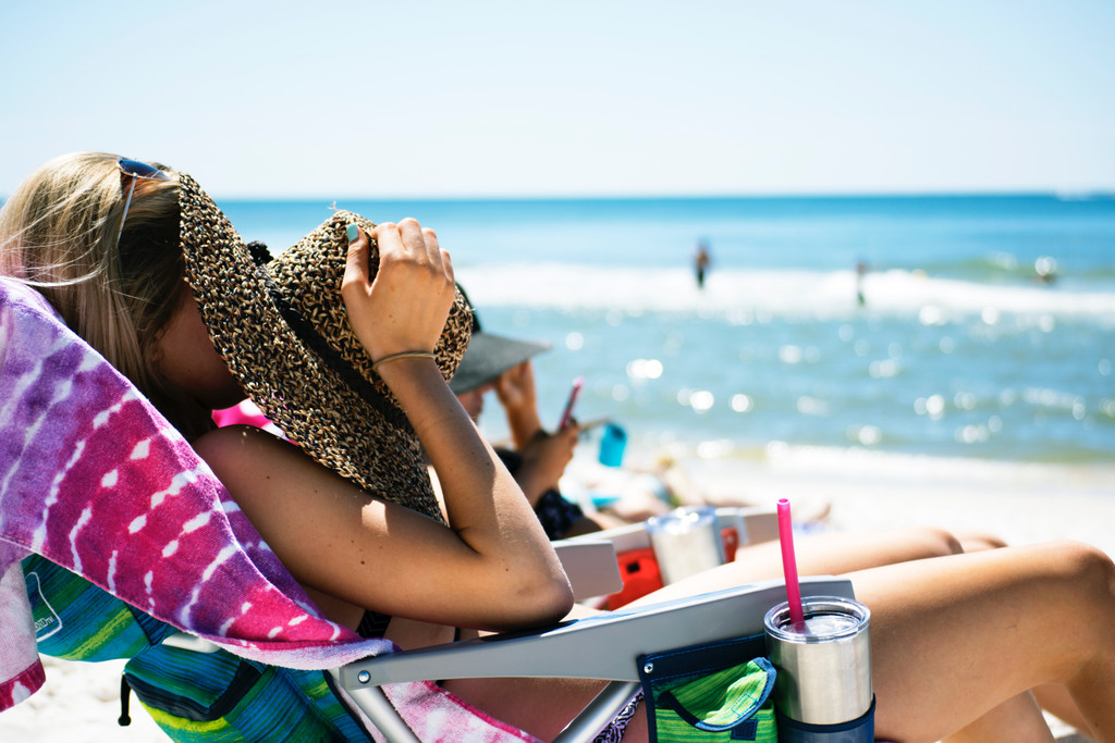 An All-Natural Guide to Healthy Sun Protection