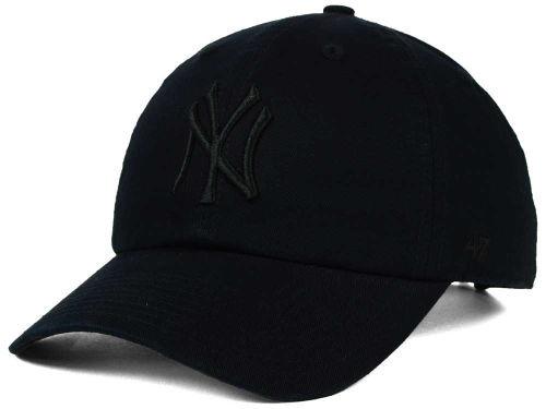 NY Yankees Black/Black Clean Up Adjustable Cap