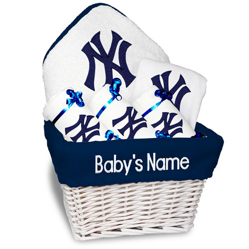 NY Yankees Personalized 6-Piece Gift Basket