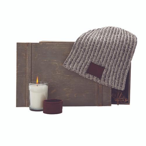 Outlander (00138-08); ; Decoration Type: