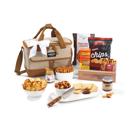 Igloo® Legacy Everything But The Cheese Gift Set With Knife (00607-10); Vintage Khaki