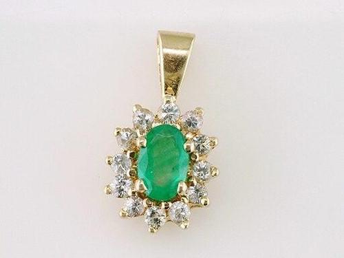 Emerald Diamond Pendant Necklace .80ct Oval Yellow Gold Brand New