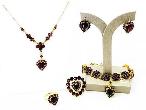 Victorian Garnet 5 Piece Set Rose Cut Heart 14K Vintage Antique 1800s Suite