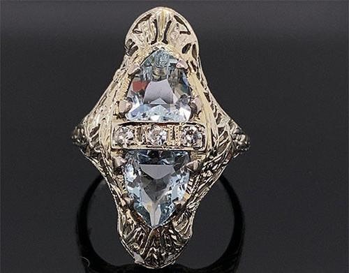 Vintage Aquamarine Diamond Cocktail Ring 2.10 Carat 18K Antique Art Deco Filigree