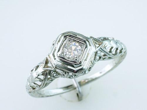 Vintage Diamond Engagement Ring Fleur De Lis .20ct 18K Gold Antique Art Deco