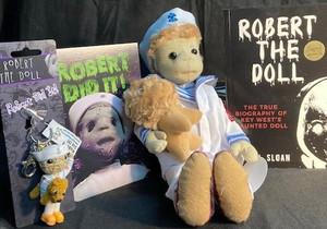 Robert The Doll Supreme Set