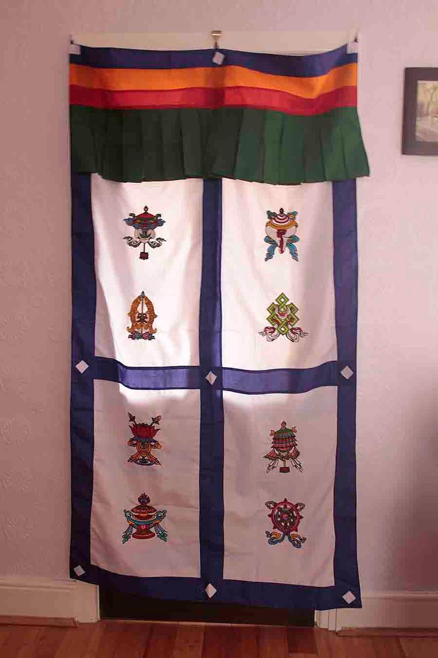 Tibetan door curtain, eight auspicious signs