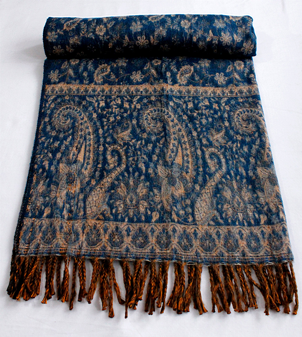 Himalayan fleece blanket
