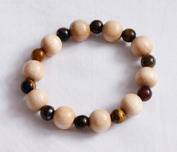 Crystal and wood meditation bracelet