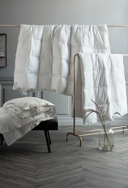 "Scandinavian GOOSE EUROPEAN TWIN *LONG* Down Comforter ALL-YEAR 55x87"" fill power 800"
