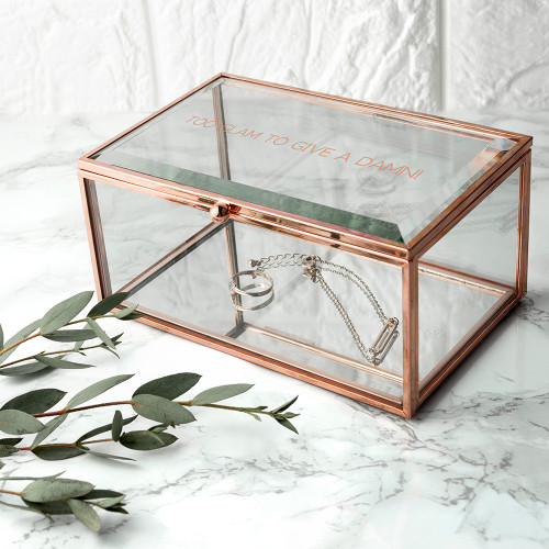 'I have enough jewellery' - said no one ever  Showcase her jewellery in style, this rose gold edged & mirrored bottomed trinket box is the a wonderful addition to any dressing table.  Personalise the box with a message up to 50 characters, please note that all messages will be engraved in an uppercase.