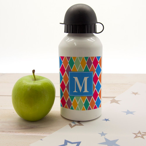 In a choice of six vibrant and fun colourways this child's water bottle will suit any little one. Dishwasher safe Holds 400ml of liquid Made from aluminium with sports cap  Choose from either a square or diamond border and personalise with one initial.