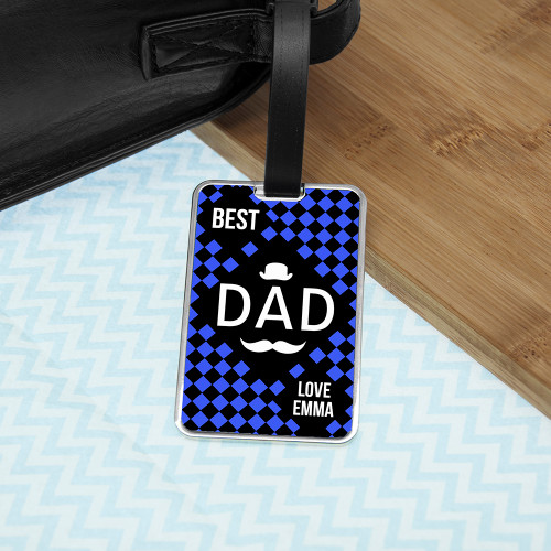 In a choice of four different colours this world's best dad luggage tag will suit any personality type. Chequered design Choice of four colours Metal luggage tag Perfect for Father's Day Personalise with a name, the words 'Best Dad' and 'Love' come as standard text.